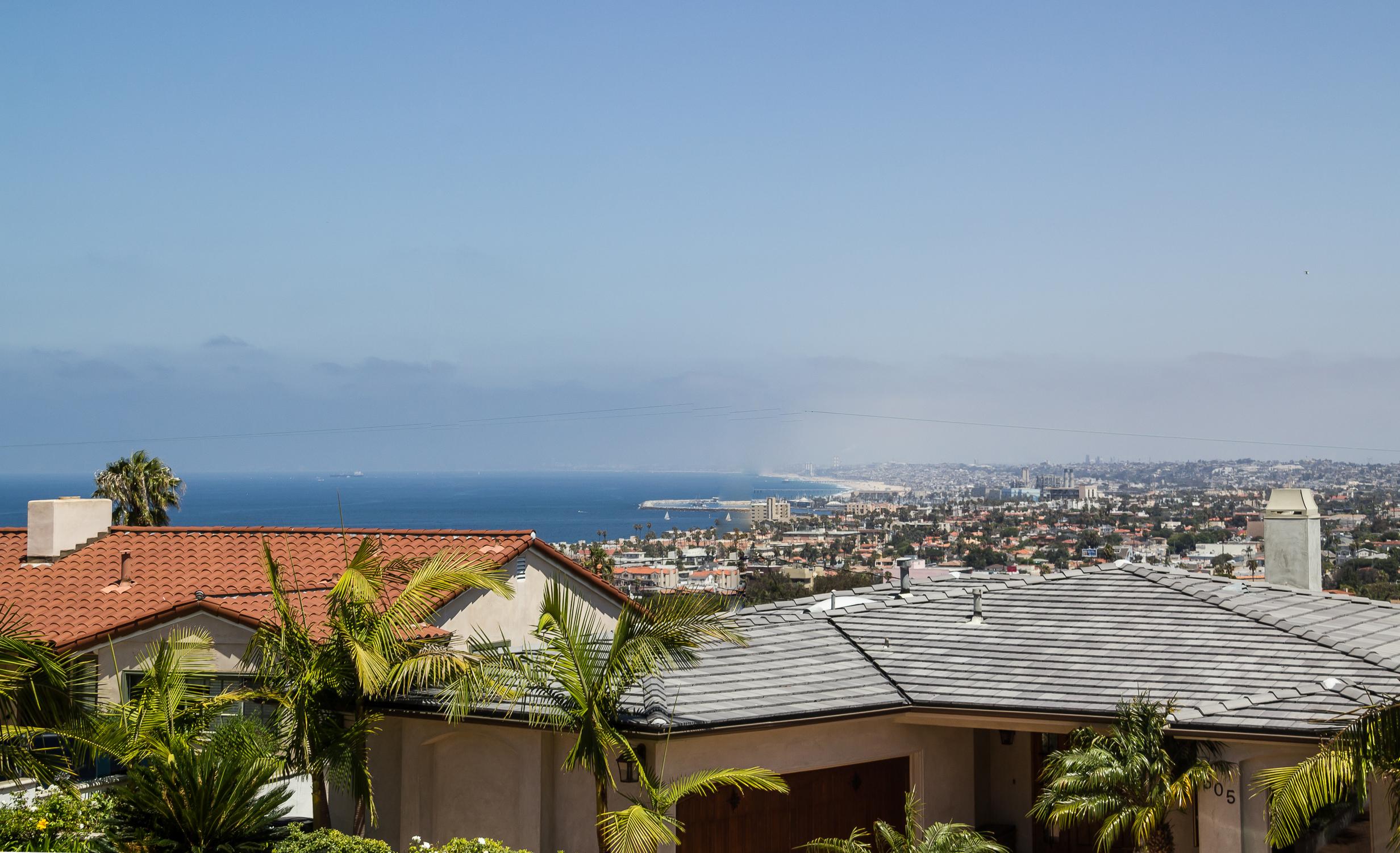 187 504 V237a La Selva Redondo Beach CA 90277 : 504 Via La Selva ocean view from liveinhollywoodriviera.com size 2464 x 1500 jpeg 2812kB