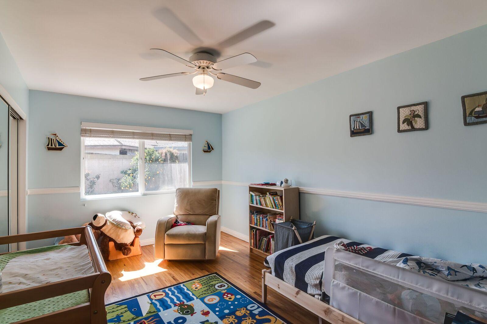 1934-W-230-bedroom