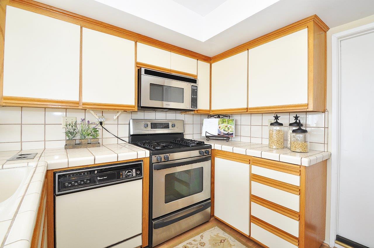 11-Kitchen-view-2