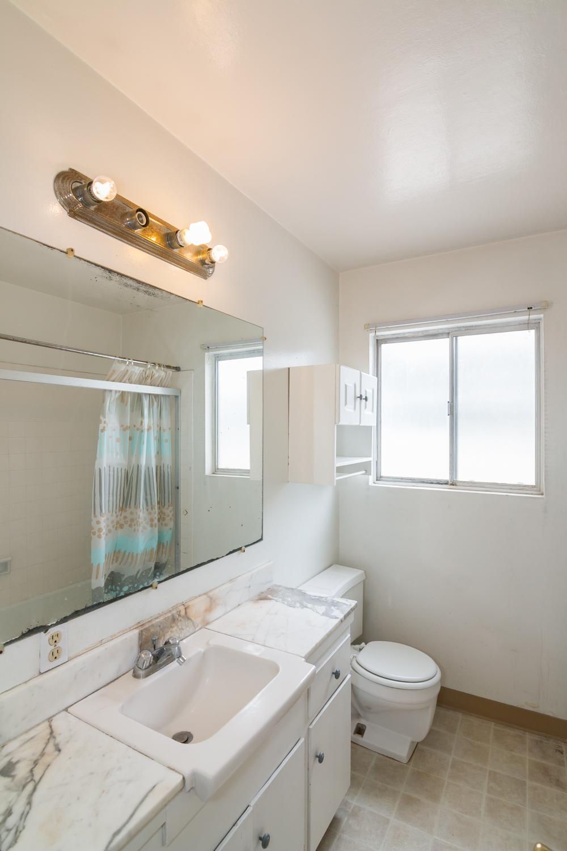 1915-W-230th-bathroom-2