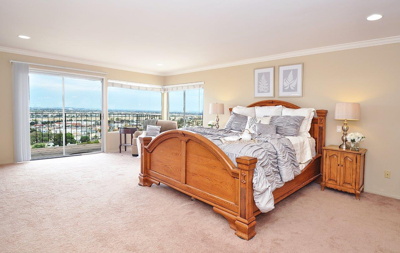21-Master-bedroom
