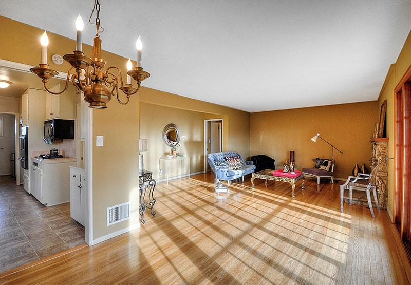 210-Paseo-De-Suenos-living-room1-high-resolution
