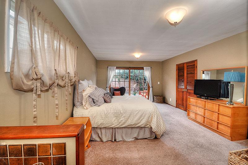 210-Paseo-De-Suenos-master-bedroom2-high-resolution