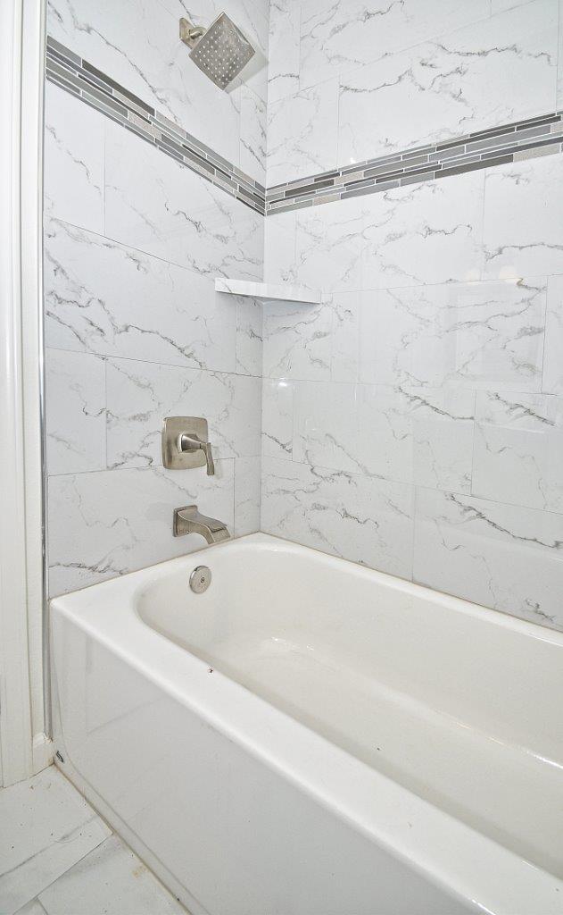 27-Bathrm-2-shower