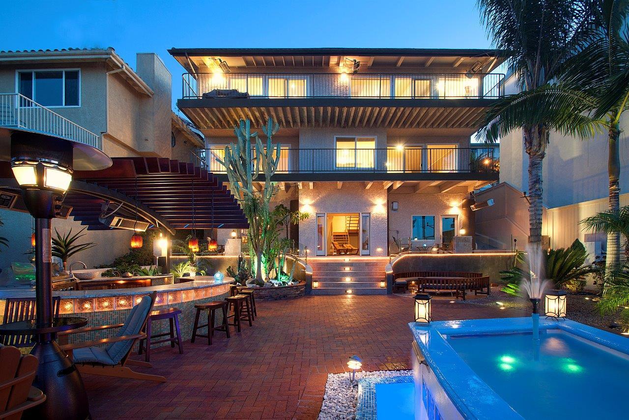 3819-Paseo-De-Las-Tortugas-backyard-night-shot11-back-of-the-house