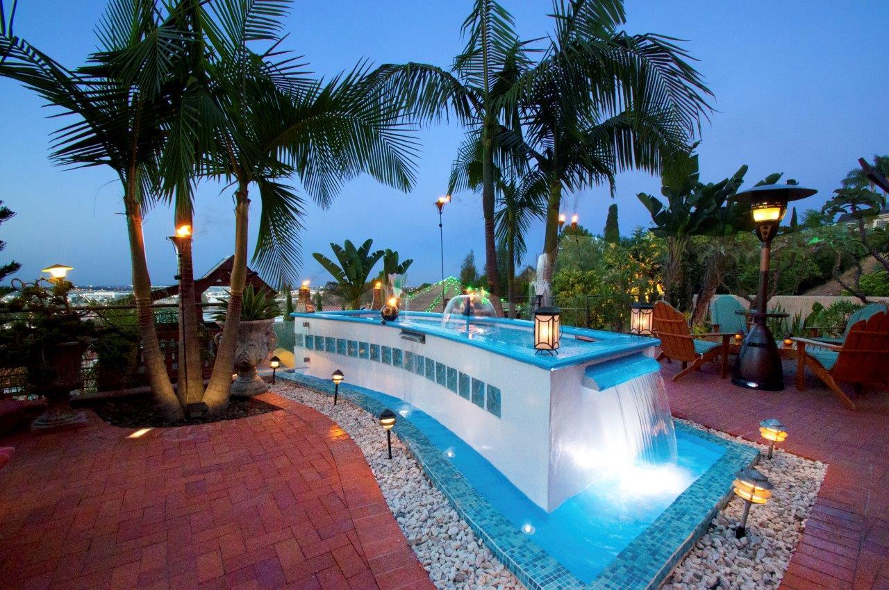 3819-Paseo-De-Las-Tortugas-backyard-night-shot4-white-water