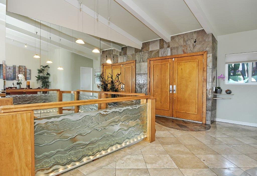 3819-Paseo-De-Las-Tortugas-living-room-entry