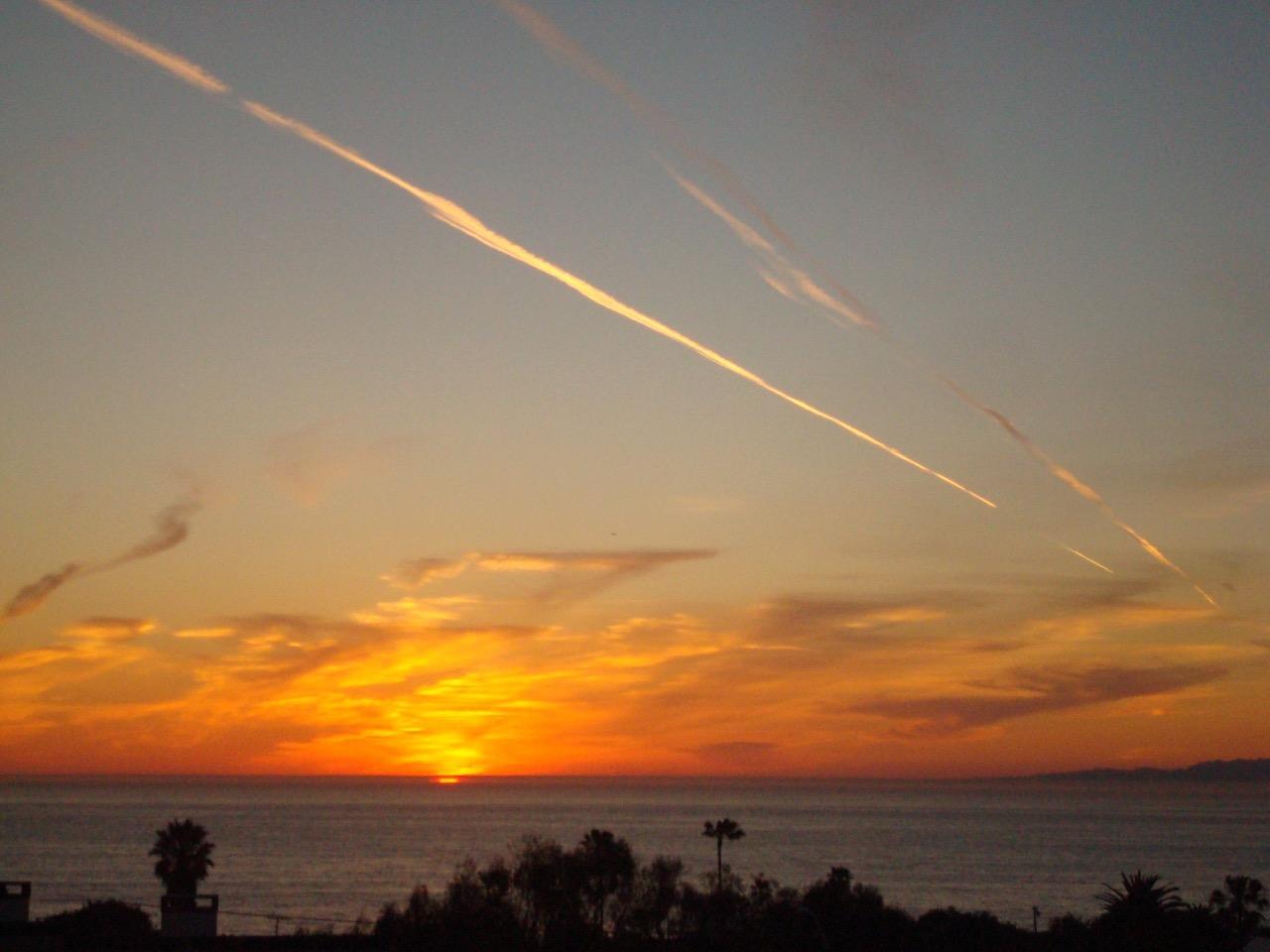 419-Camino-De-Las-Colinas-sunset-view1-from-Linda