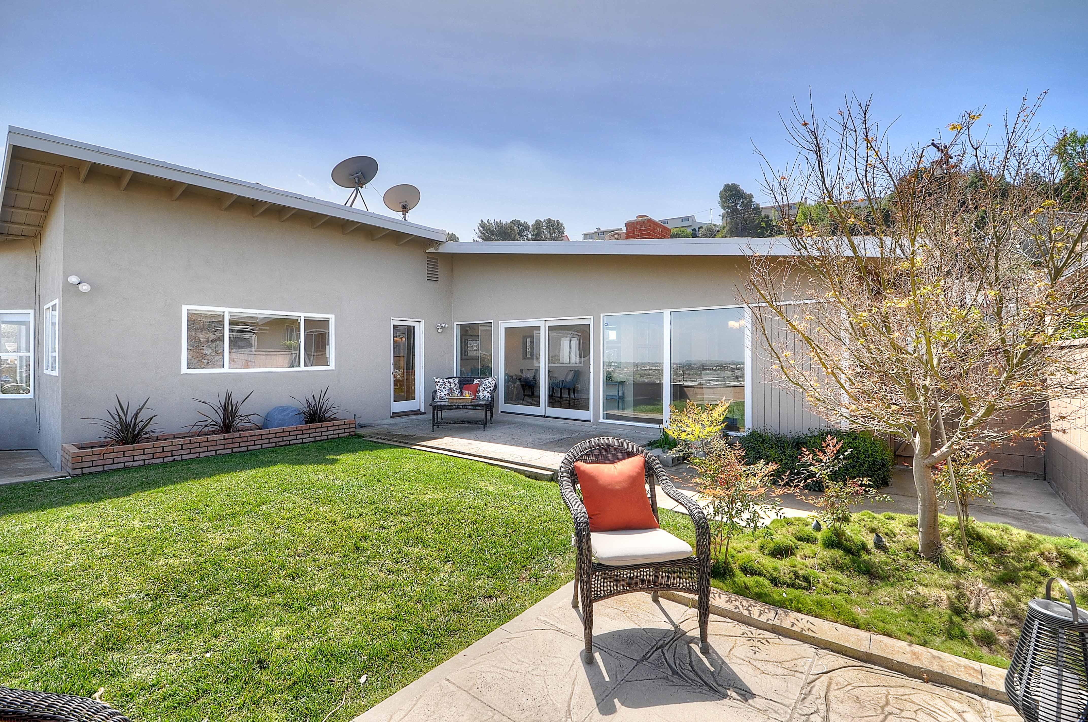 4515-Vista-Largo-backyard1-Copy