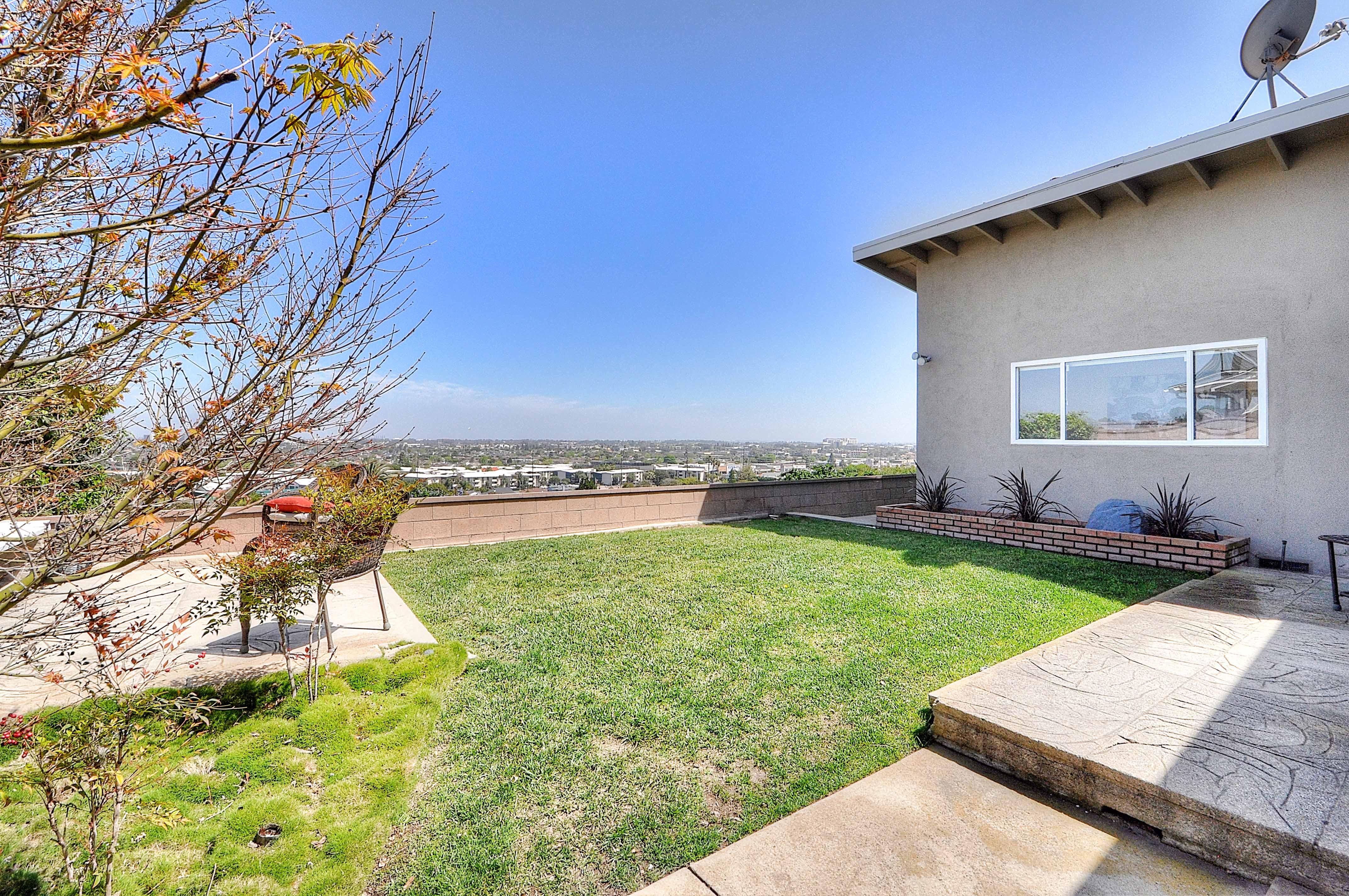 4515-Vista-Largo-backyard3-Copy