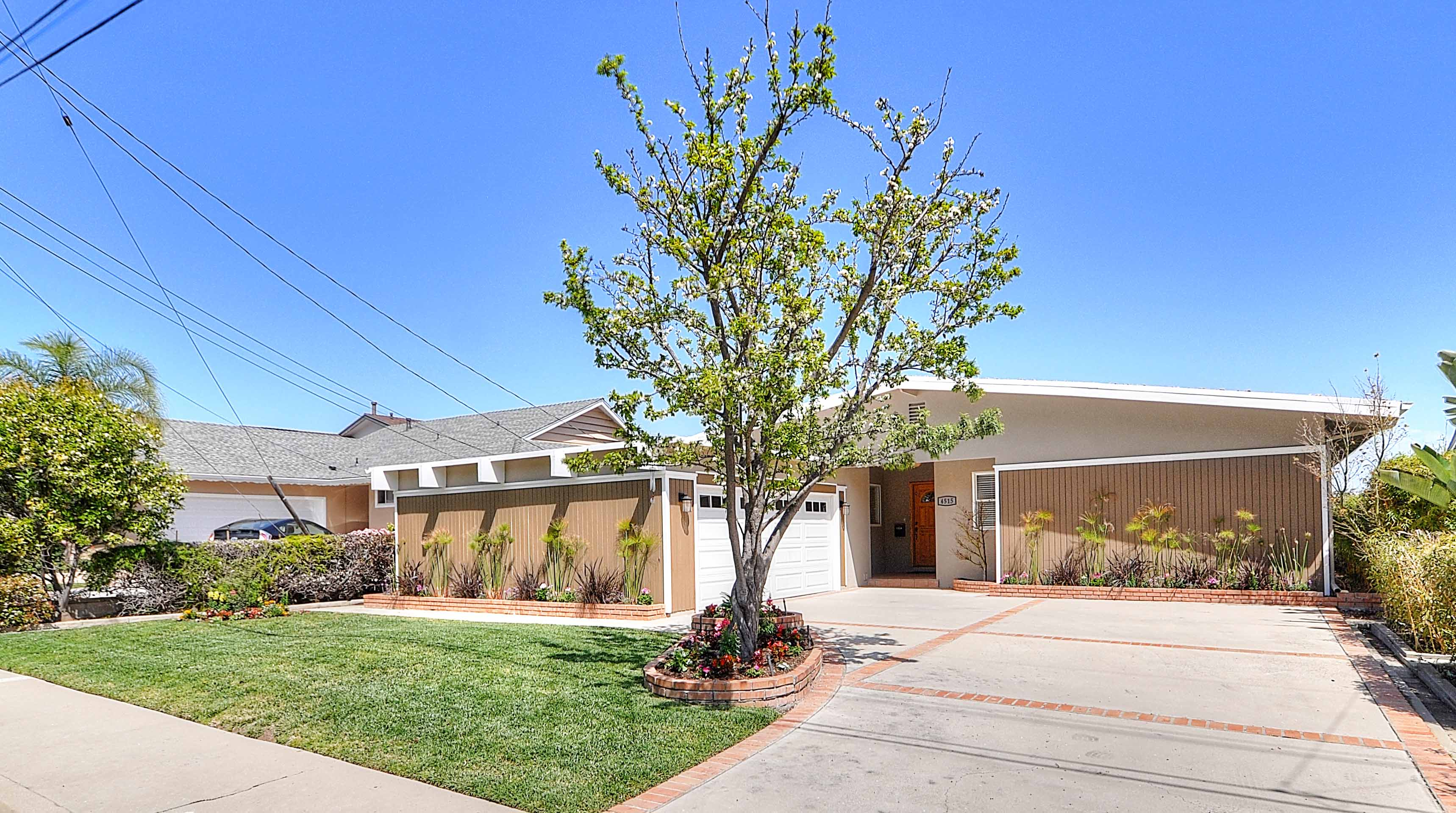 4515-Vista-Largo-front-of-house2-Copy