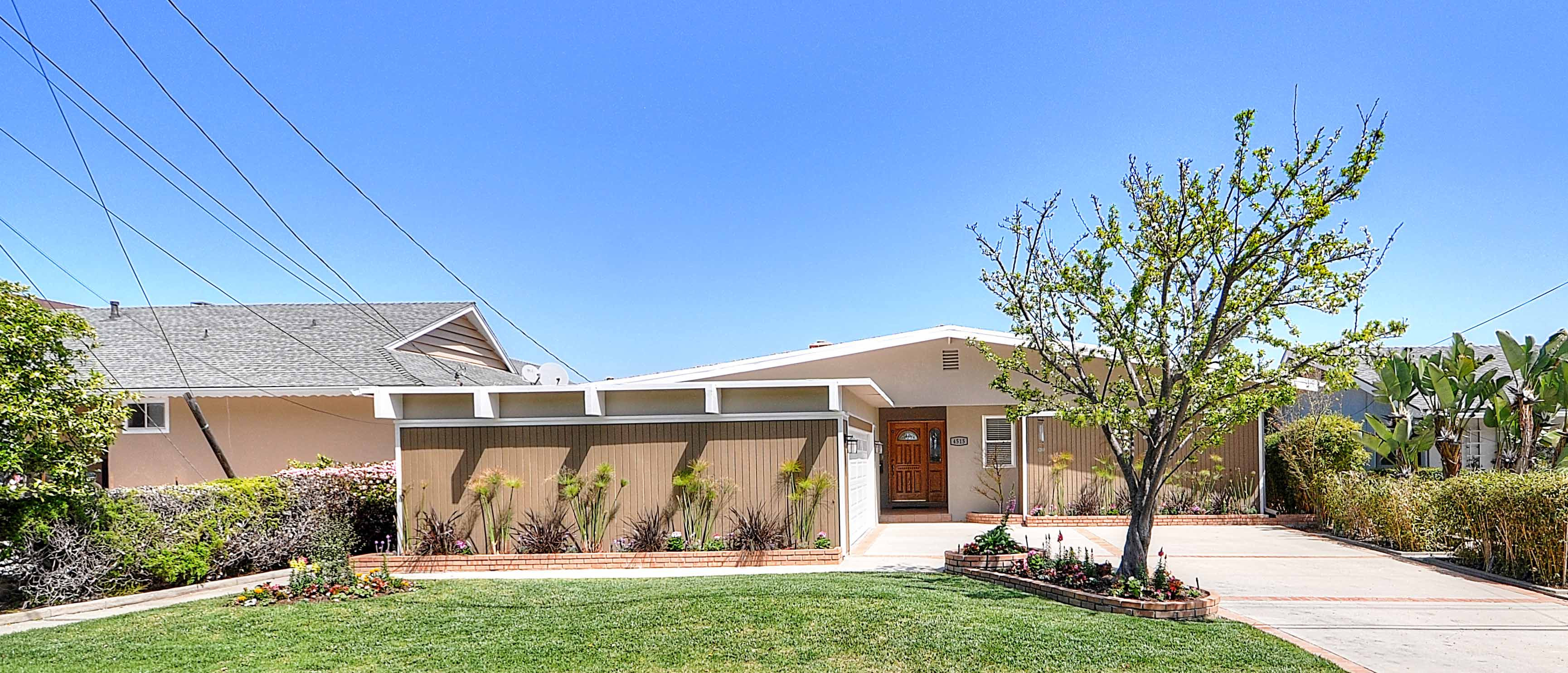 4515-Vista-Largo-front-of-house3-Copy