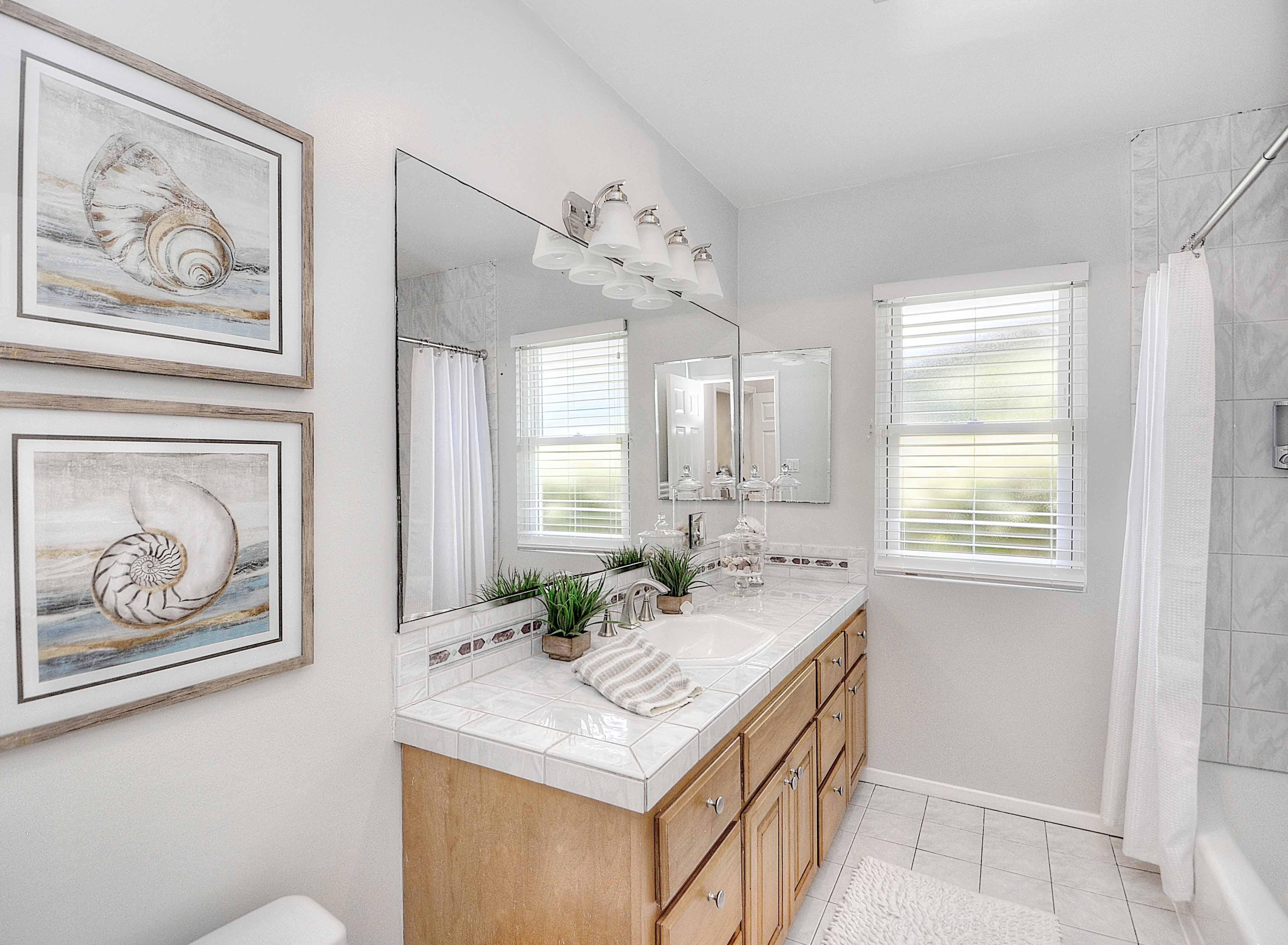 4515-Vista-Largo-master-bathroom1-Copy
