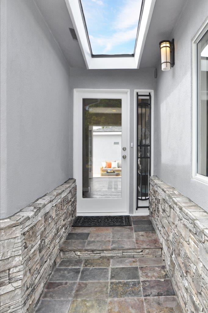 6-Front-door-entry