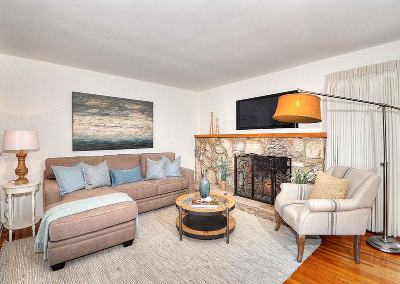 630-Camino-De-Encanto-living-room1-1