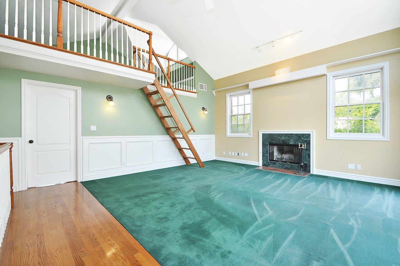 232-Via-Alameda-family-room2-upstairs