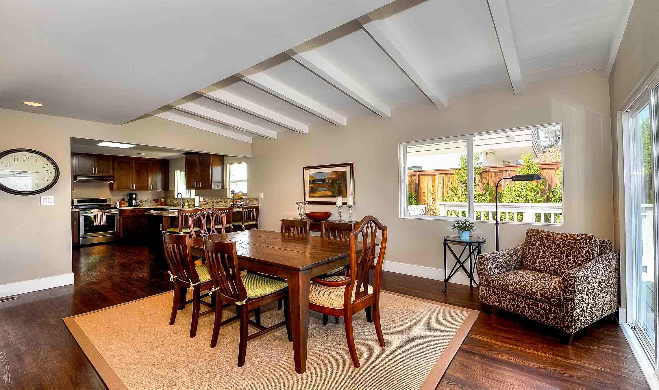 105 Via Los Altos - dining room and kitchen1