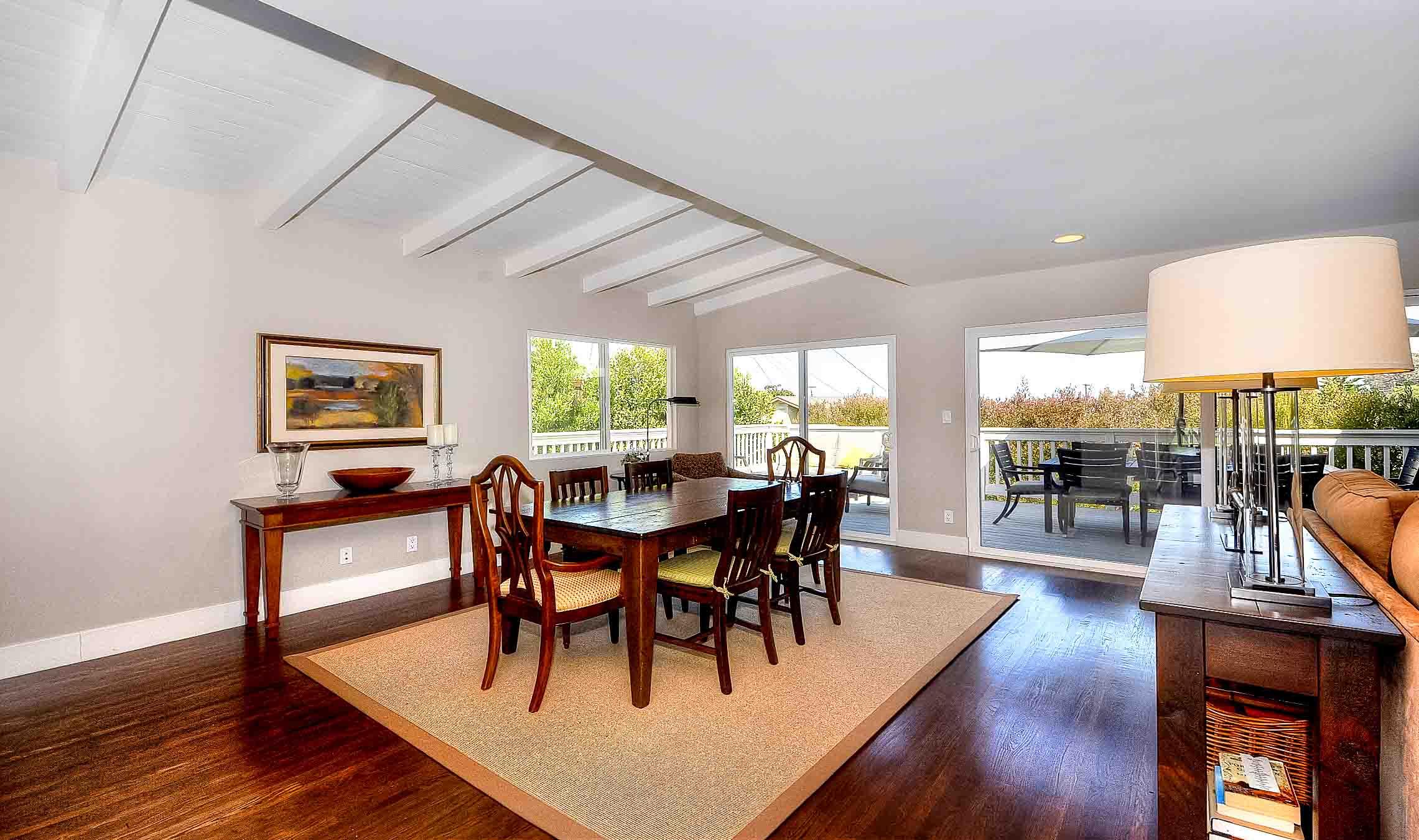 105 Via Los Altos - dining room1