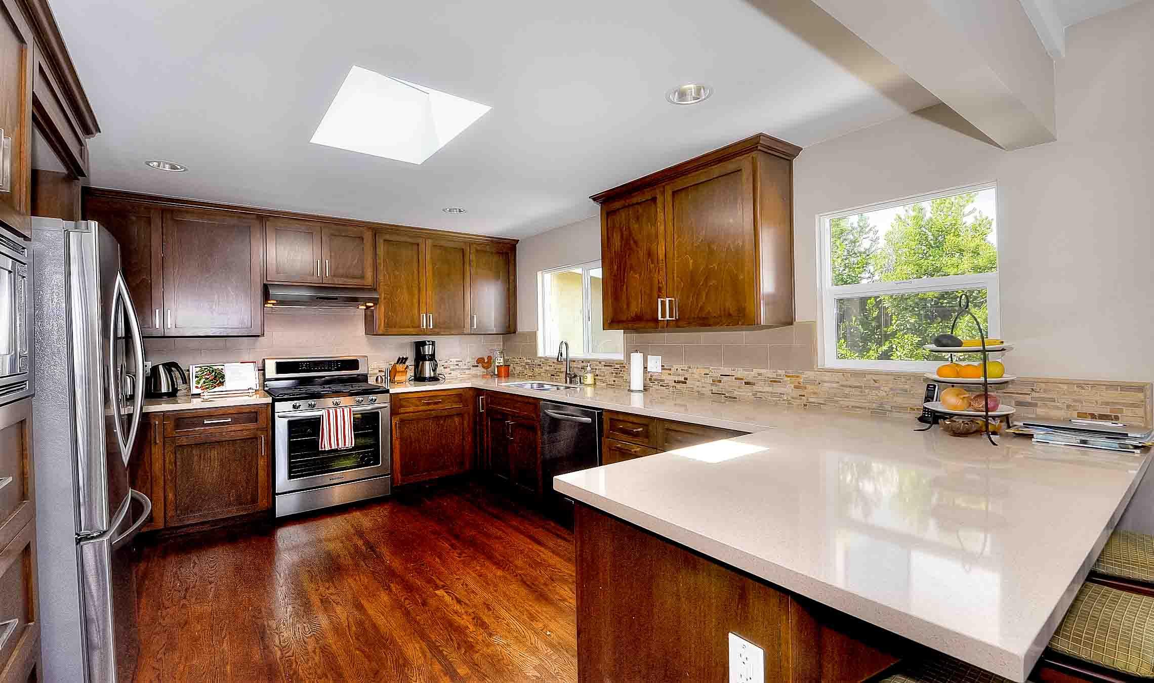 105 Via Los Altos - kitchen1