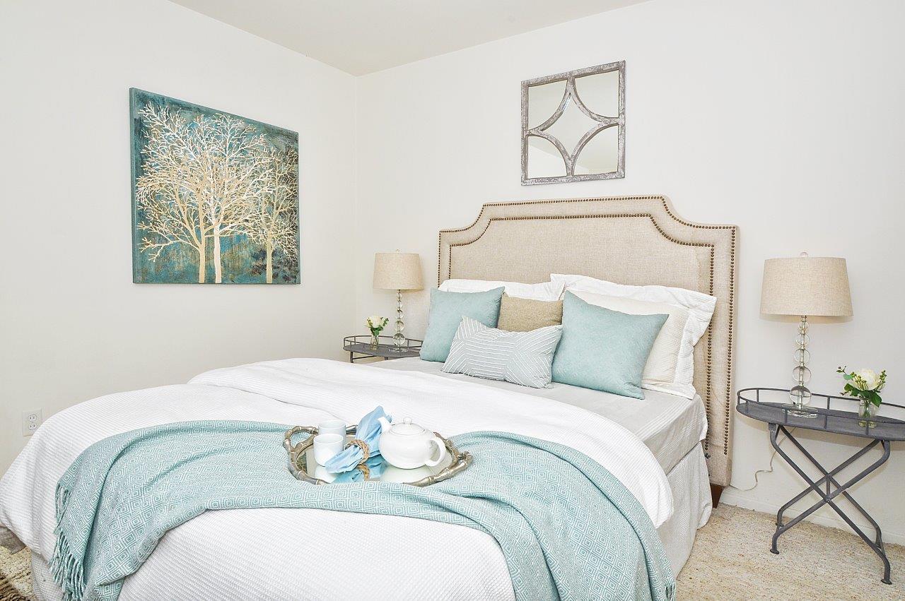 5519-Paseo-De-Pablo-master-bedroom-3b
