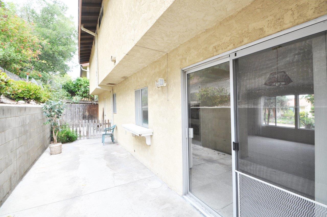 4008 Mesa- Back patio