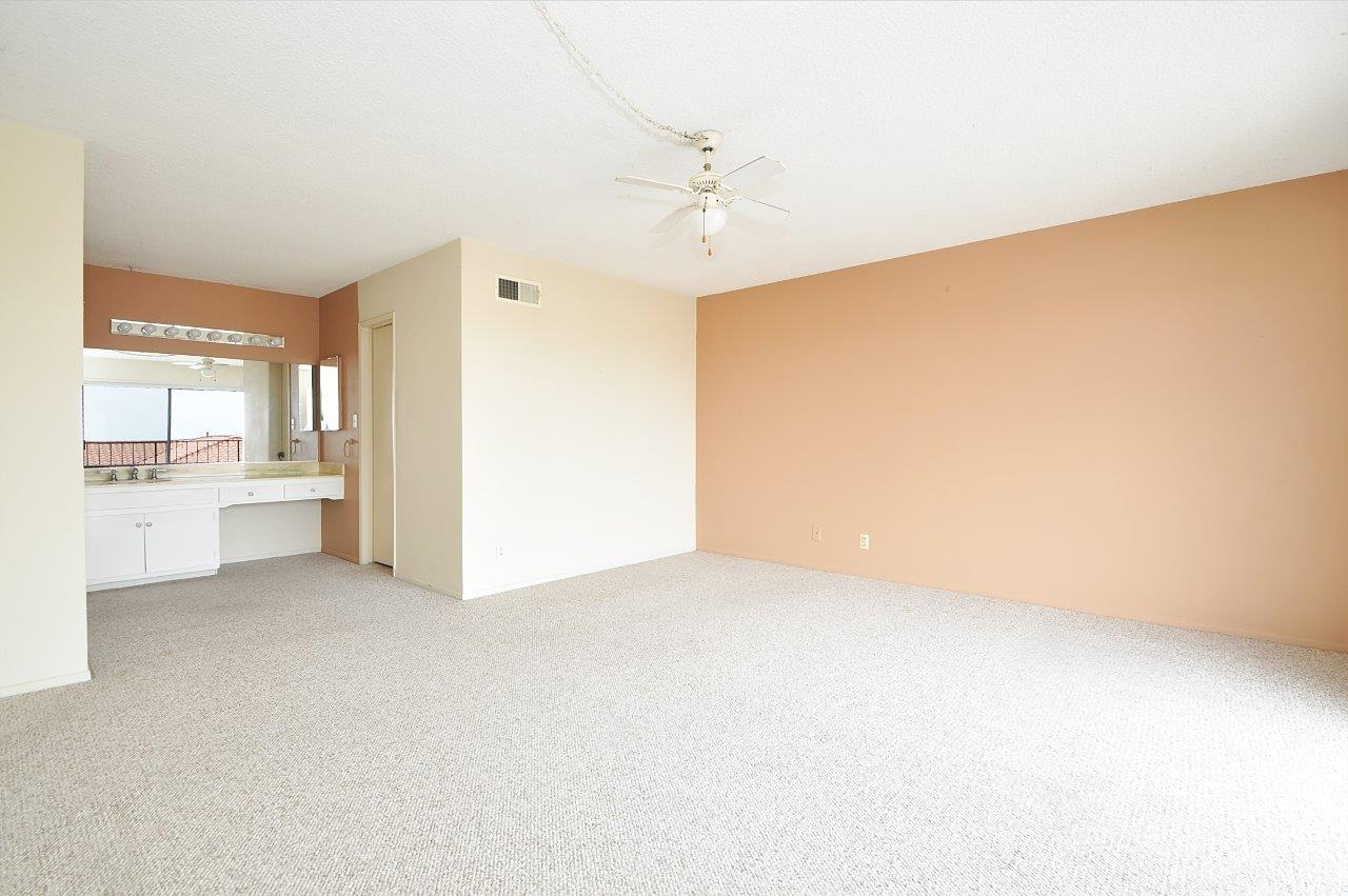 4008 Mesa- Master bedroom view 1