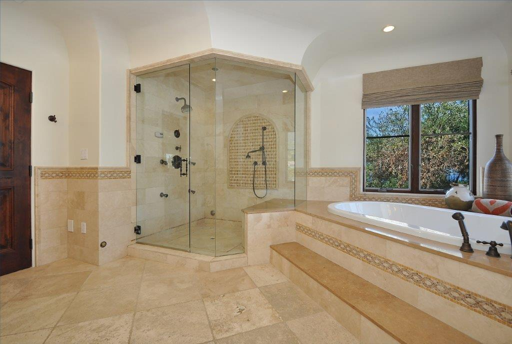 34 Master shower tub 2
