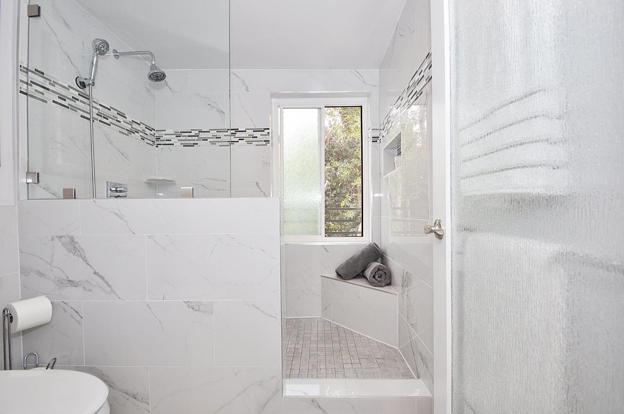 36 Master shower