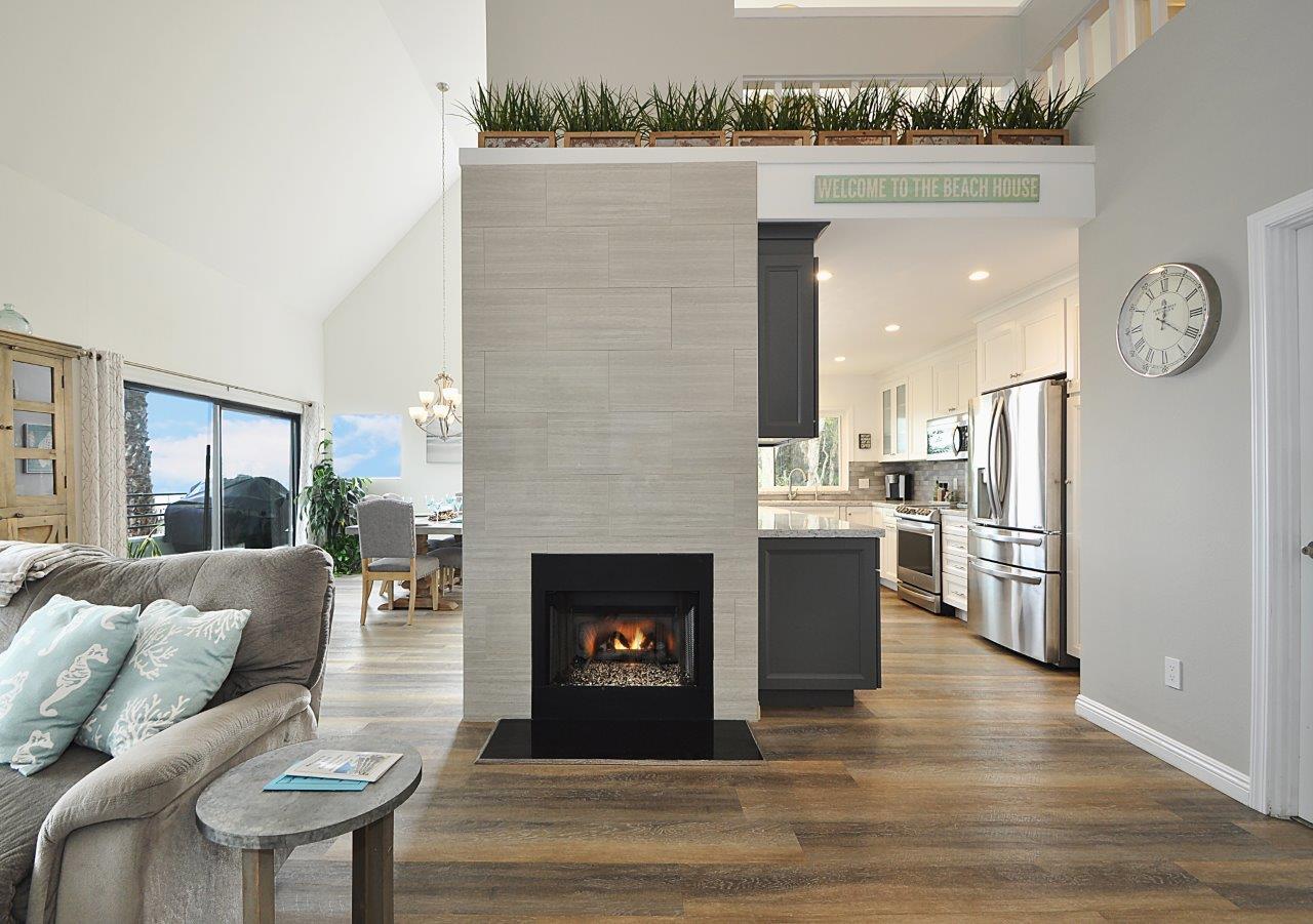 8 Living room fireplace