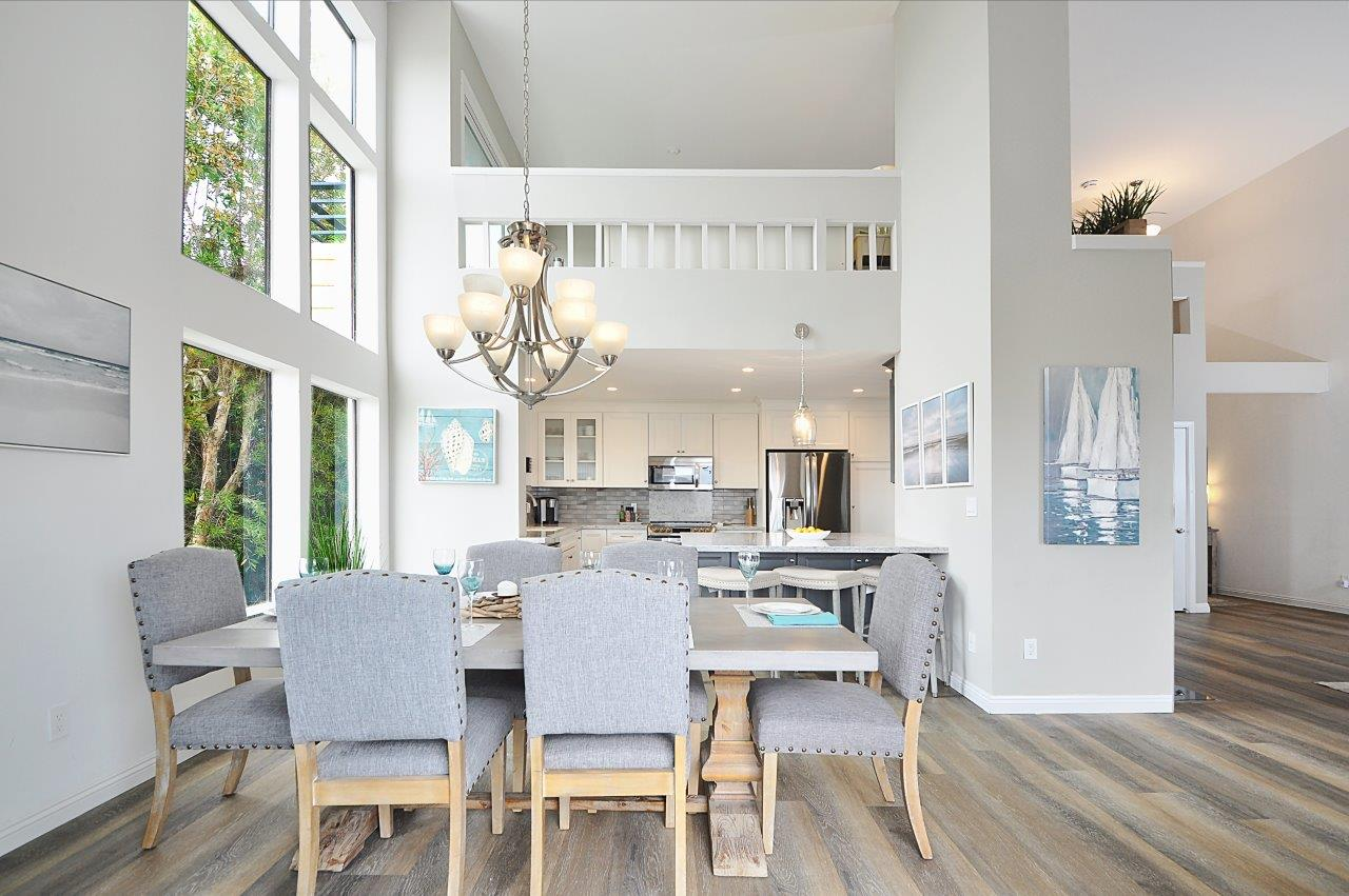 9 Dining area to kitchen view 2