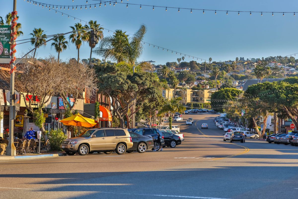 Riviera Village Looking to Palos Verdes hillside - Shot by DIGS